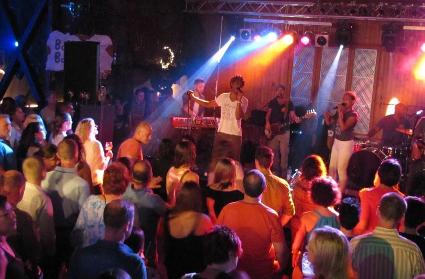 Allerletzte saustall party steigt bergstr er anzeiger for Sternekoch mannheim