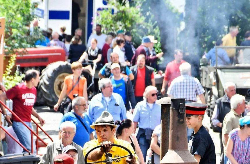 Mehrere Tausend Besucher ließen sich am Wochenende das Bulldog- und Schleppertreffen der IMS ...