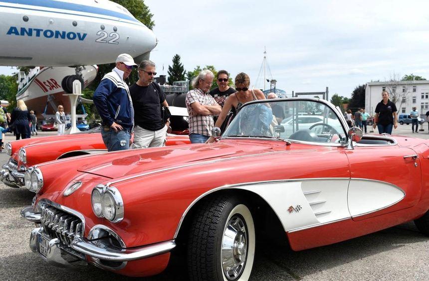 Echte Hingucker: Die zahlreichen Corvettes brachten die Augen der Besucher zum Leuchten. ...
