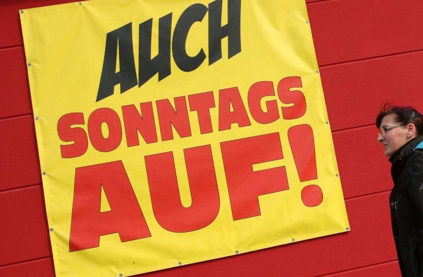 Das geltende Ladenöffnungsgesetz in Hessen lässt vier verkaufsoffene Sonntage pro Jahr zu. Es läuft ...