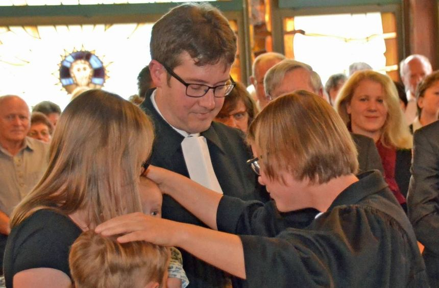Mit Pfarrerin Dr. Verena Mätzke sprach beim Abschiedsgottesdienst ein Mitglied des später so ...