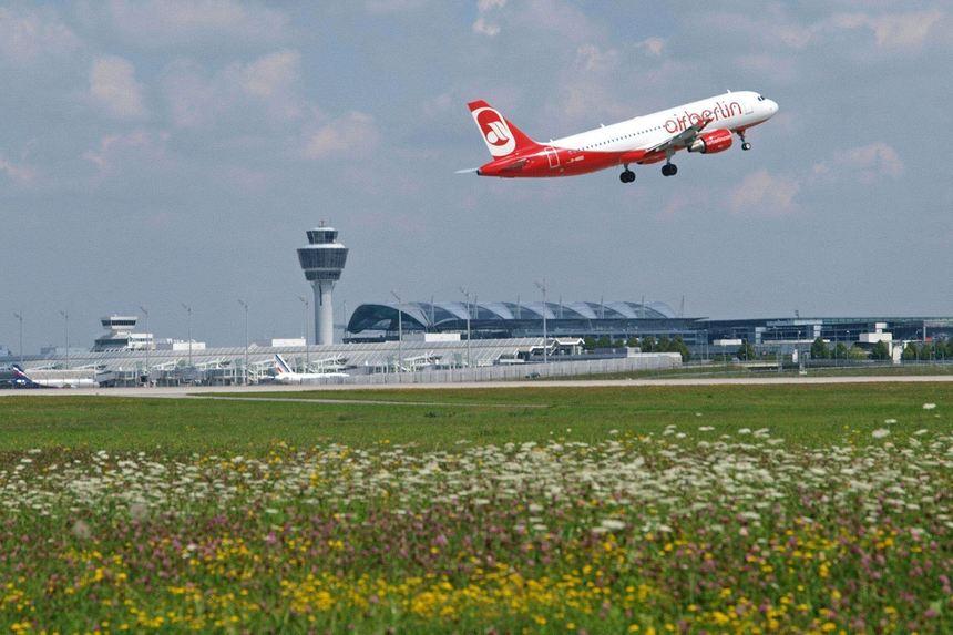 Wintermarkt Flughafen München 2021