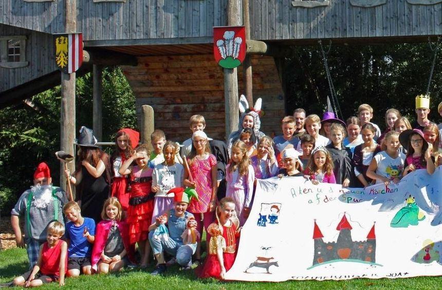 Die Teilnehmer des Sommerlagers der Seelsorgeeinheit Buchen waren für zwei Wochen in Sarleinsbach ...