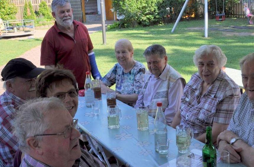 Die Ältesten in der Alters- und Ehrenabteilung der Feuerwehr sind Jean Vonderheid (von links), ...