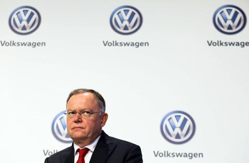 Ministerpräsident Stephan Weil wird zu große Nähe zu Volkswagen vorgeworfen. Doch als Aufsichtsrat ...