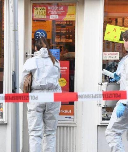 Die Spurensicherung untersuchte den Tatort in Wiesbaden.