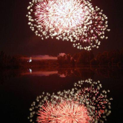 Das Feuerwerk ist auch gut vom Anglersee aus zu beobachten.