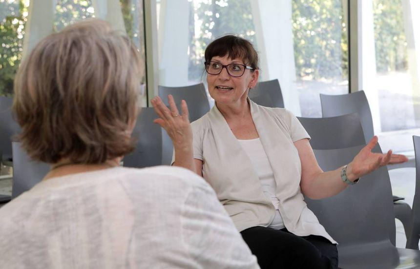 Konsequent und zielgerichtet: Martina Egenlauf-Linner (hier im Gespräch mit MM-Redakteurin Anke ...