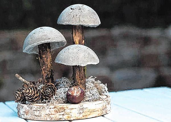 herbstliche fenster deko mit pilzen aus beton mannheimer. Black Bedroom Furniture Sets. Home Design Ideas