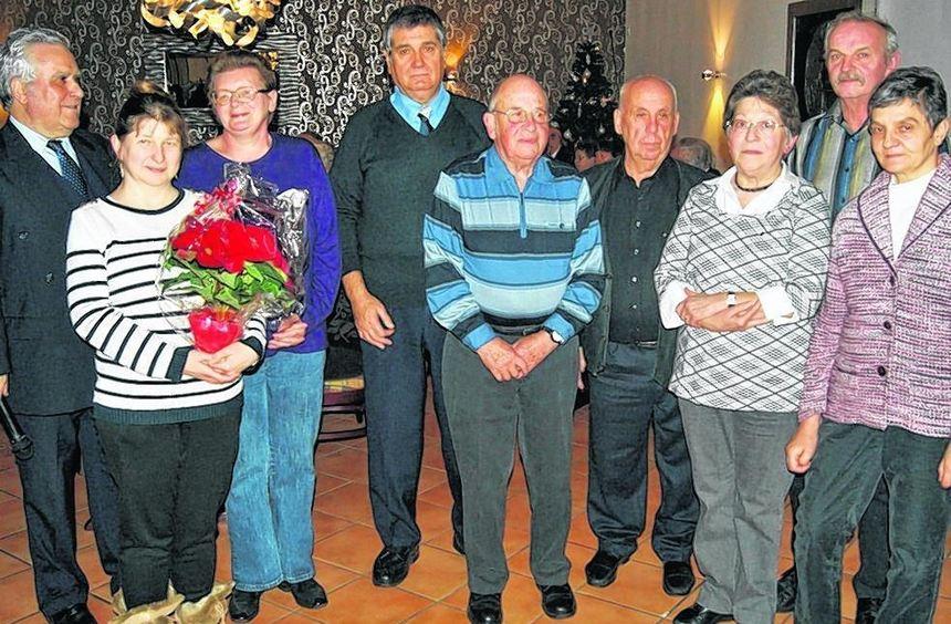 Seckenheims Sozialverband Vdk zeichnete während seiner Adventsfeier im Nebenzimmer der ...