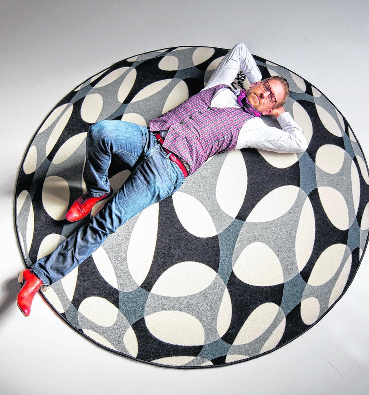 tapeten designer mag es hip hessen rlp nachrichten. Black Bedroom Furniture Sets. Home Design Ideas