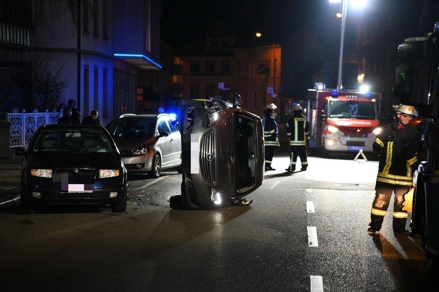 Weinheim: B3 nach Unfall wieder frei - Newsticker Rhein-Neckar ...