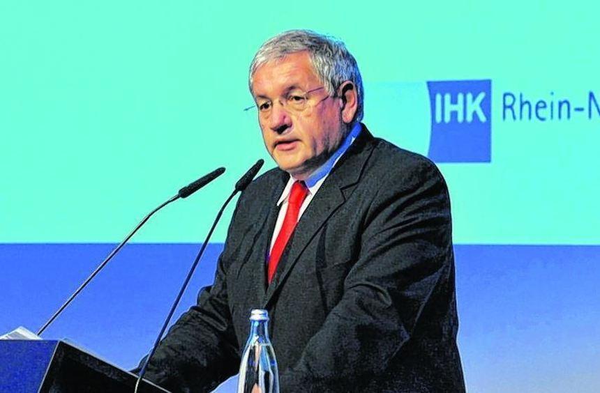 Frohe Botschaft: IHK-Präsident Vogel verkündet sinkende Mitgliedsbeiträge.