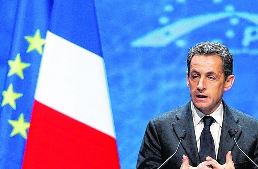 Frankreichs Präsident Nicolas Sarkozy und Bundeskanzlerin Angela Merkel wollen beim EU-Gipfel die ...