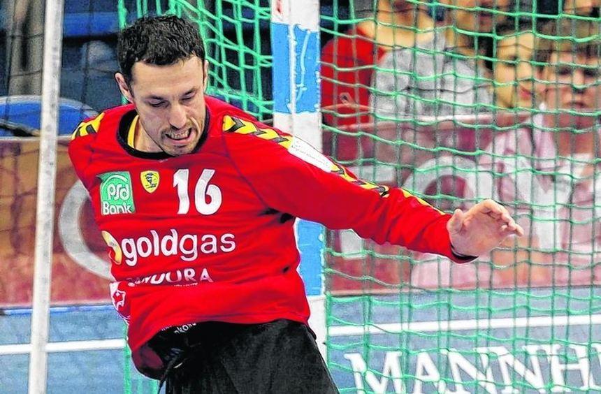 Goran Stojanovic zog die Bälle gegen Großwallstadt magisch an.