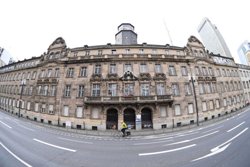 Morgen Frankfurt wohnungen statt polizeiwache präsidium hat neue besitzer