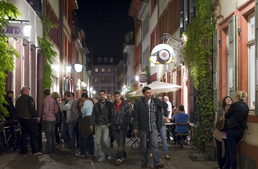 Gericht Kippt Sperrzeiten In Heidelberger Altstadt