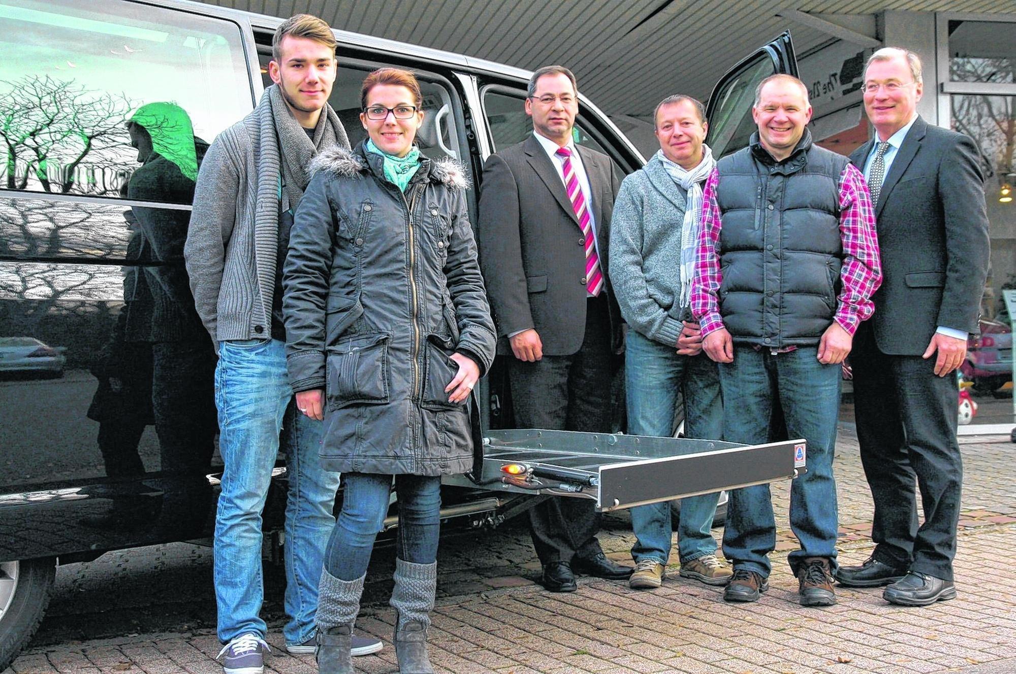 Das ist der bus f r kathrin rosenberger schwetzingen - Rampe bauen fur rollstuhl ...