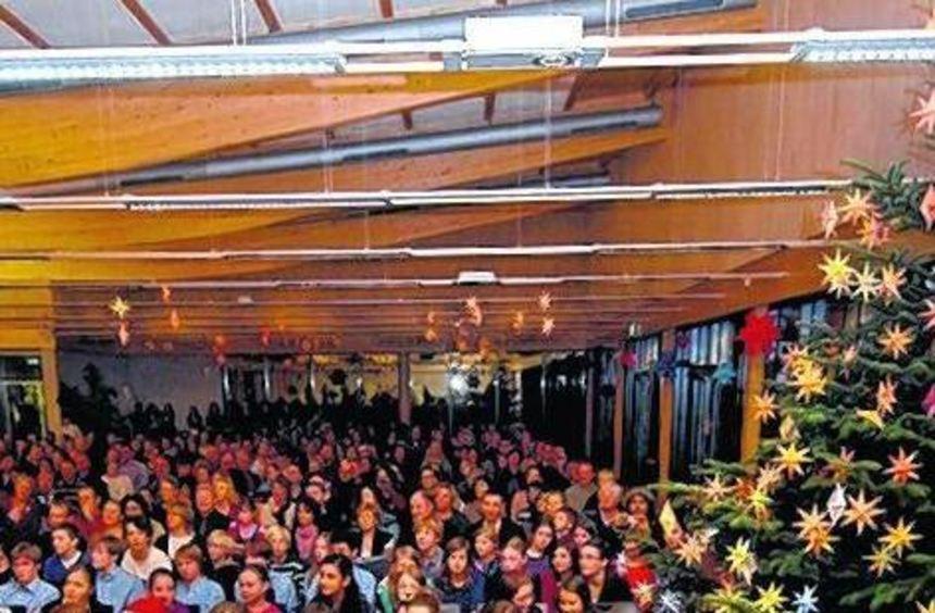 Fetziges Fest: Das Weihnachtskonzert des AKG bot einen breiten musikalischen Rahmen.