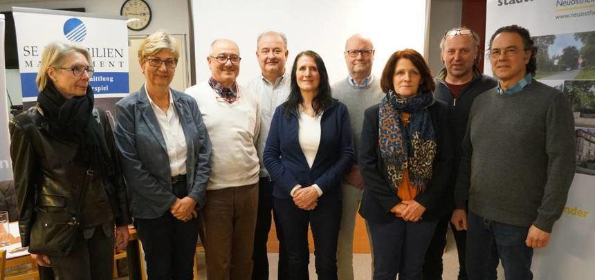 Neugewählt (v.l.): Margot Werner, Friederike Leibel-Krück, Luigi Ianuzzi, Stefan Bickmann, Margitta ...