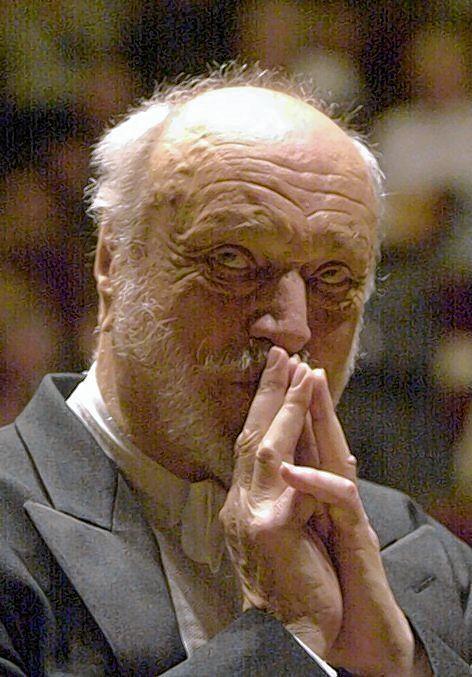 Erhielt herzlichen Beifall im Rosengarten: Dirigent Kurt Masur.