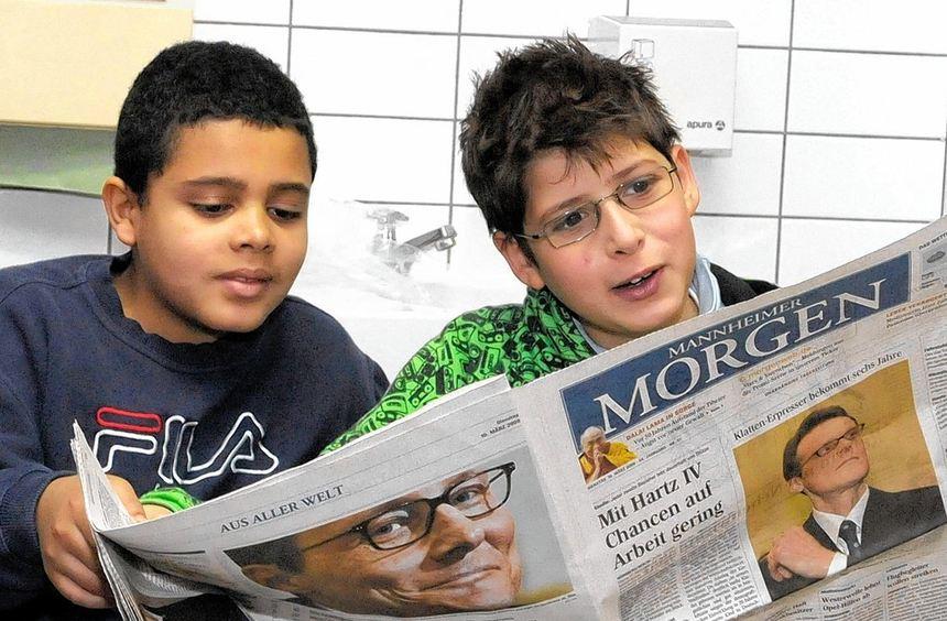 """Auch in diesem Jahr engagiert sich der """"MM"""" für die Leseförderung. Unser Bild zeigt zwei ..."""