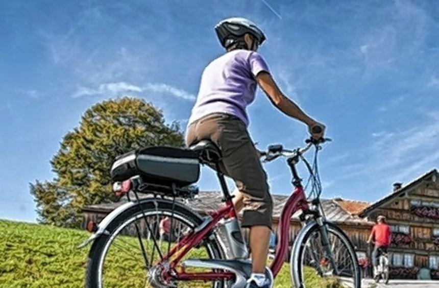 Schon wenige Minuten Radfahren schützen vor Darmkrebs.