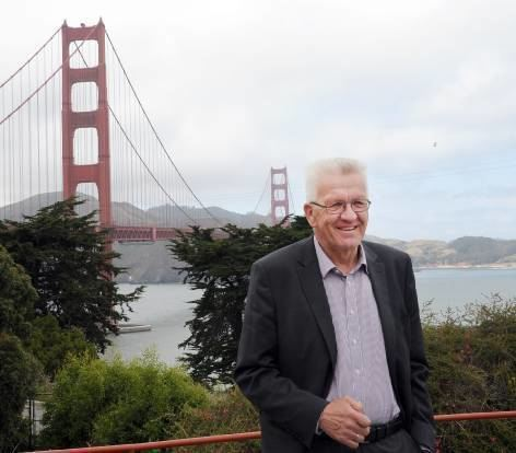 Winfried Kretschmann 2015 an der Golden Gate Bridge in San Francisco.