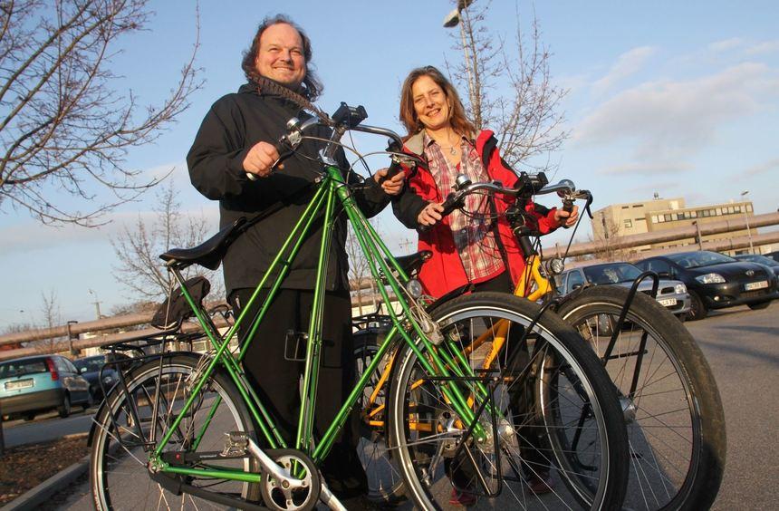 Ehepaar Mattern mit einem Pedersen-Fahrrad. Bild: Rittelmann