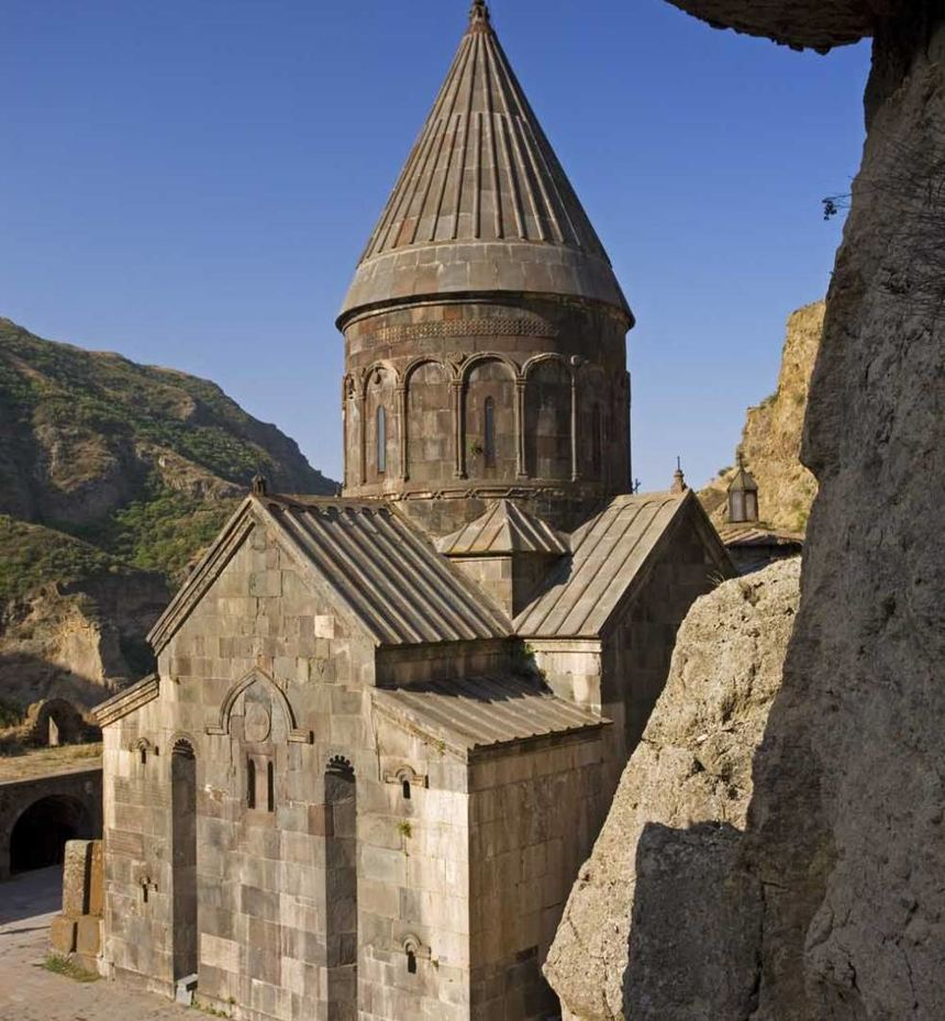 Das Lorscher Partnerkloster Geghard in Armenien.