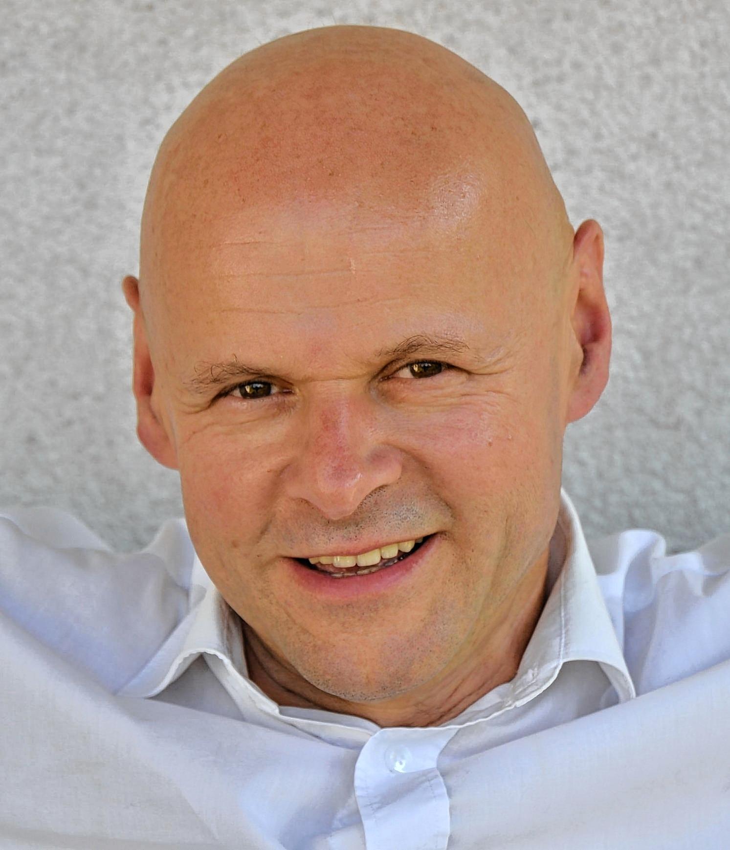 Kabarettist Jörg-<b>Martin Willnauer</b> gastiert am Samstag, 21. - image