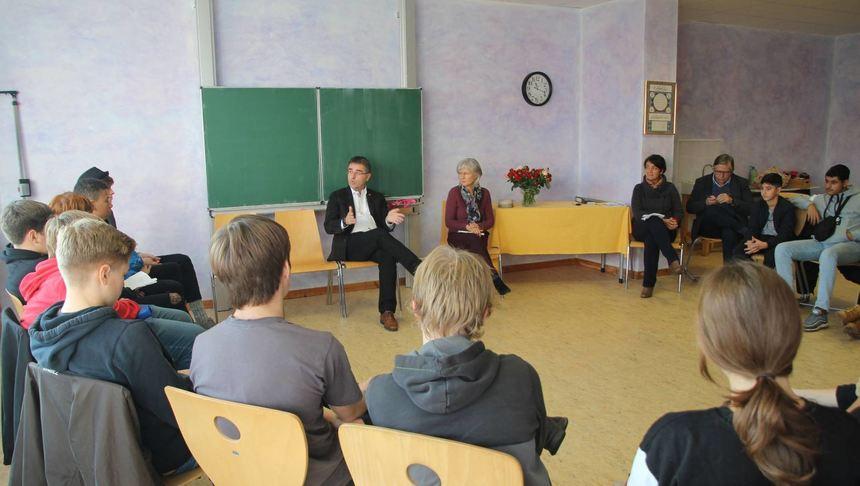 Rolf Stahlhofen gibt Benefizkonzert für Mannheimer Schule