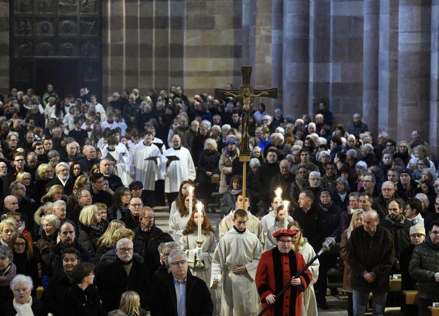 Klang und Gebet bereiten aufs Fest der Feste vor - Schwetzinger ...