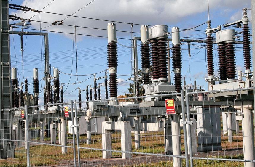Künftig soll der Strom, den die Gemeinde den Lieferanten abnimmt, aus Anlagen mit regenerativer ...