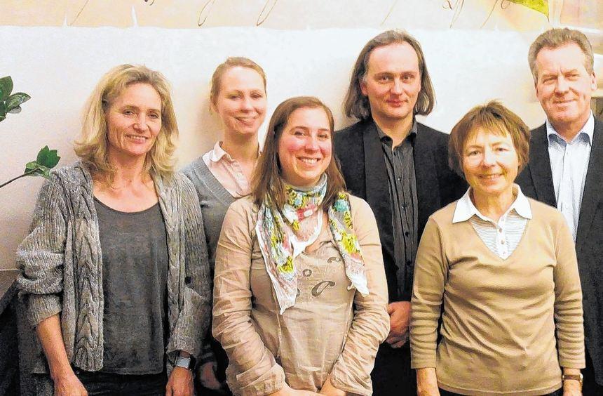 Der neue Vorstand (von links): Christine Reibold, Jeannine Zehnbauer, Christina Mitsch, Stefan ...
