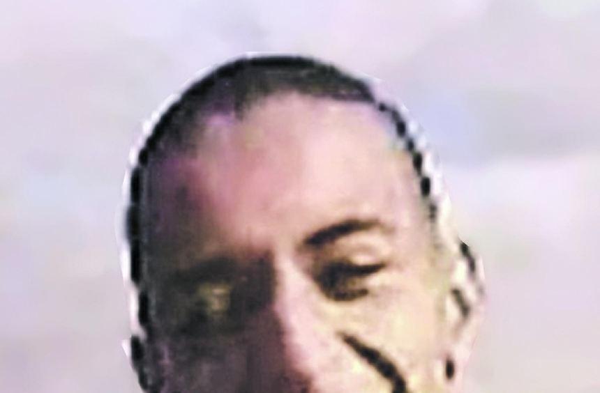 Der eiskalte Serienmörder Mohamed Merah (linkes Foto) versuchte bis zuletzt, möglichst viele ...