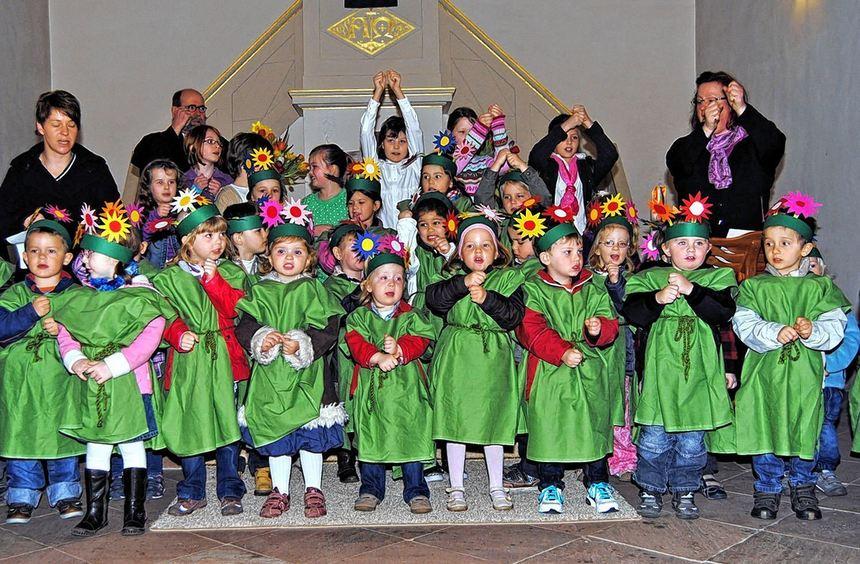Am Frühlingsgottesdienst in der Evangelischen Kirche in Schwanheim wirkten auch die ...