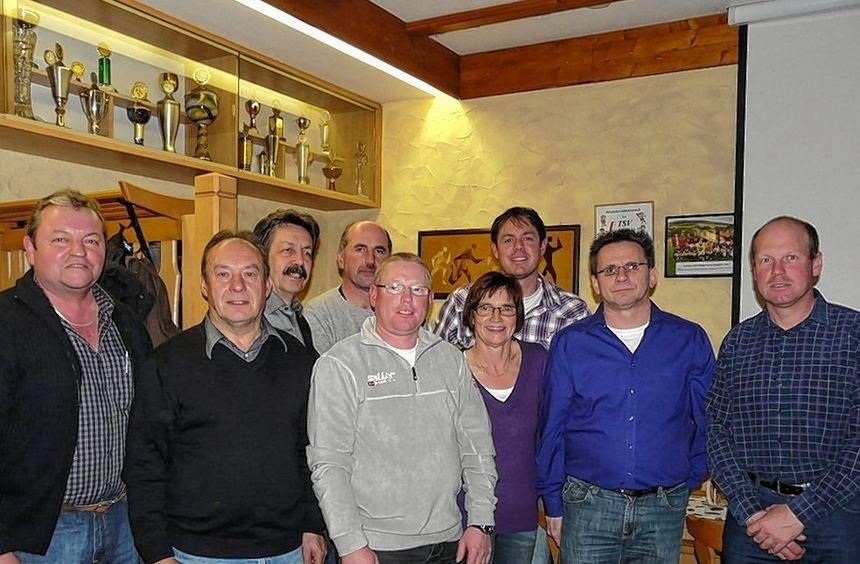 Vom WFV geehrte langjährige Funktionäre des TSV Laudenbach Abteilung Fußball (von links): Albert ...