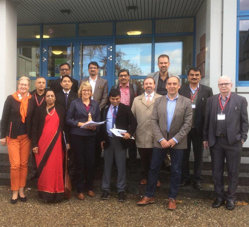 Indische Delegation in der Metzendorf-Schule