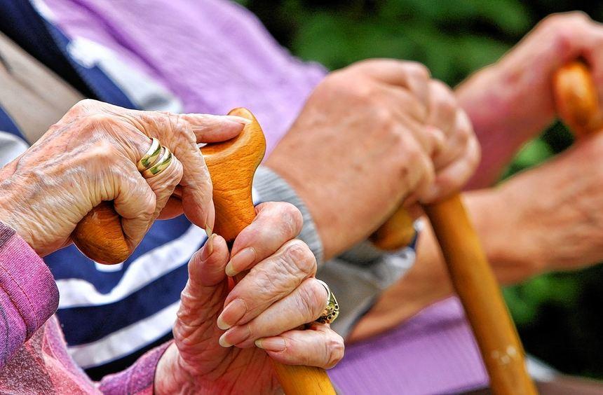 80 Prozent des letzten Nettogehalts sollten Rentner im Alter zur Verfügung haben, empfehlen ...
