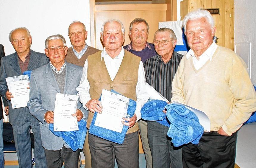 In der Jahreshauptversammlung des VfB Reicholzheim wurden zahlreiche Mitglieder für ihre ...