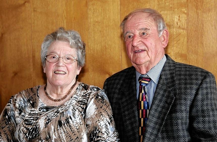 1952 läuteten die Hochzeitsglocken: Kätha und Edwin schleich aus Altlußheim feiern am heutigen ...