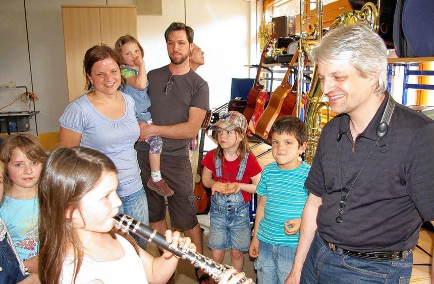 Beim Tag der offenen Tür der Musikschule Freudenberg bewiesen die Schüler ihr Können, oder man ...