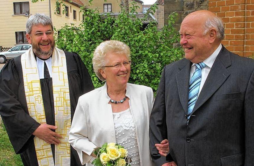 Ihre goldene Hochzeit feierten in Nassau Adolf Herwarth und Friedhilde (Bild), geborene Pflüger. Es ...