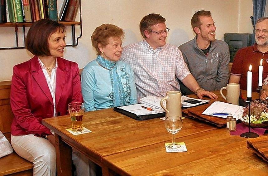 Die FDP besprach verschiedene aktuelle Themen in ihrer Sitzung vor der Stadtverordnetenversammlung. ...