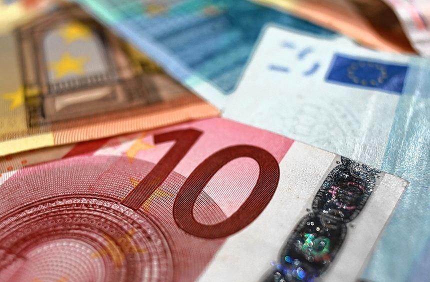 Auch, dass einige Banken teure Restschuldversicherungen verkaufen wollten, ärgerte die ...