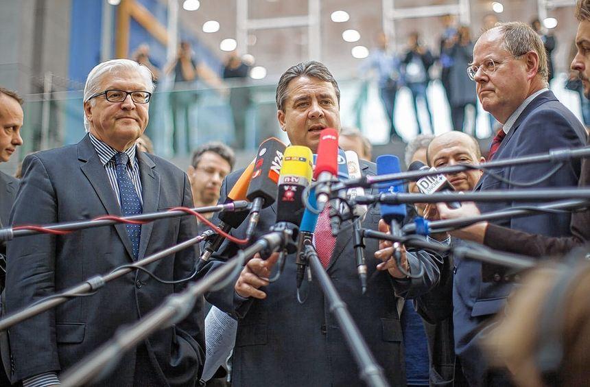 Gefragt (von links): Frank-Walter Steinmeier, Sigmar Gabriel und Peer Steinbrück.