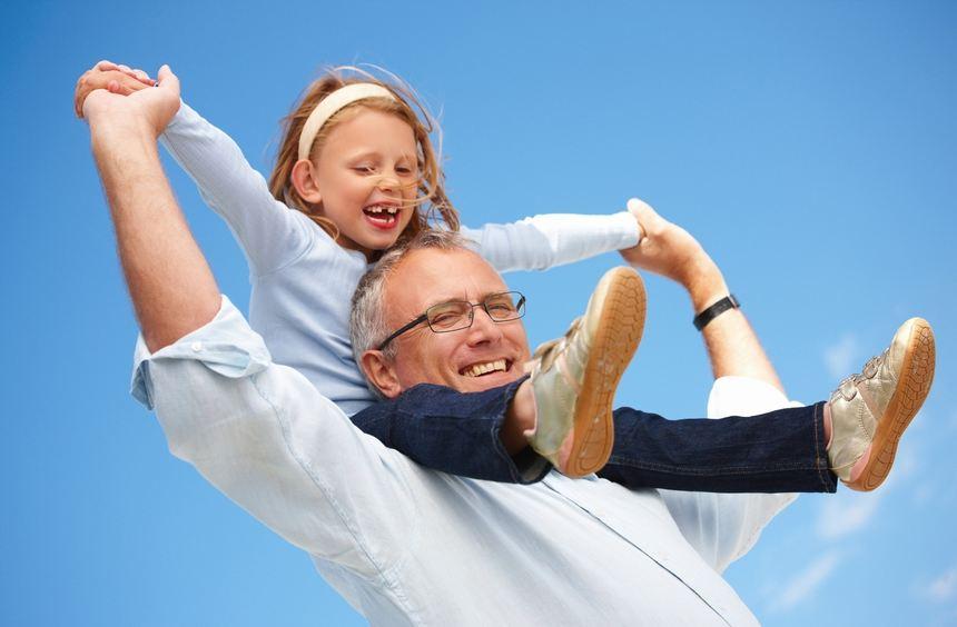 Um mit den Enkeln Zeit zu verbringen, kann eine gemeinsame Reise eine gute Idee sein. Damit die ...