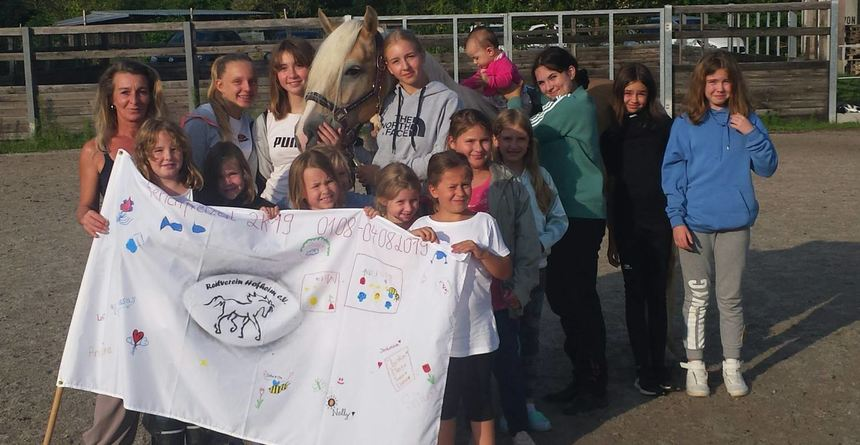 Nach dem viertägigen Reitercamp ging es jetzt mit dem Koppelfest weiter. Unser Bild zeigt die ...