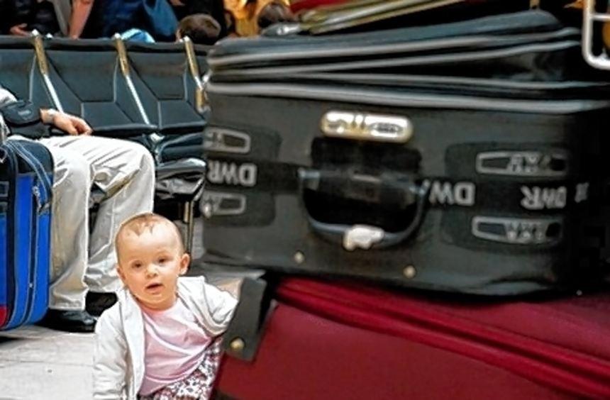 Künftig brauchen Kinder jedes Alters bei Auslandsreisen eigene Papiere.